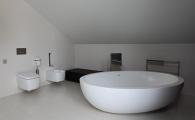 Ванная комната второго этажа коттеджа фахверк
